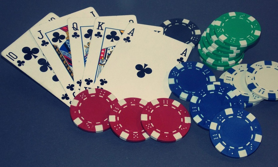 Play Rummy On Facebook and Expand Social Gaming Circles